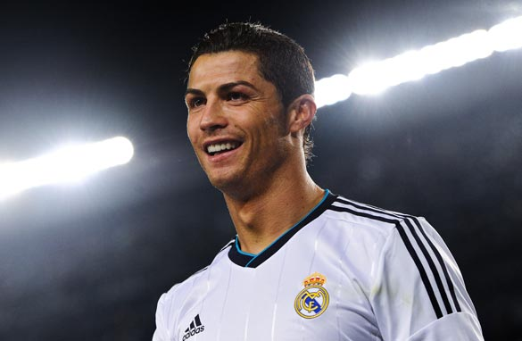 Should Cristiano Ronaldo leave the Bernabeu and return to Old Trafford? (Getty Images).