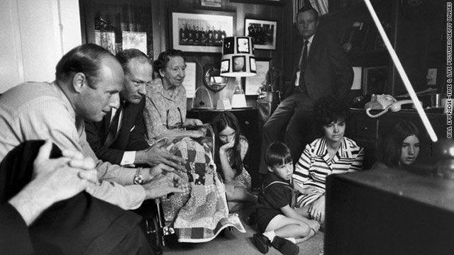 Apollo 13: LIFE With the Lovell Family During 'NASA's Finest Hour'