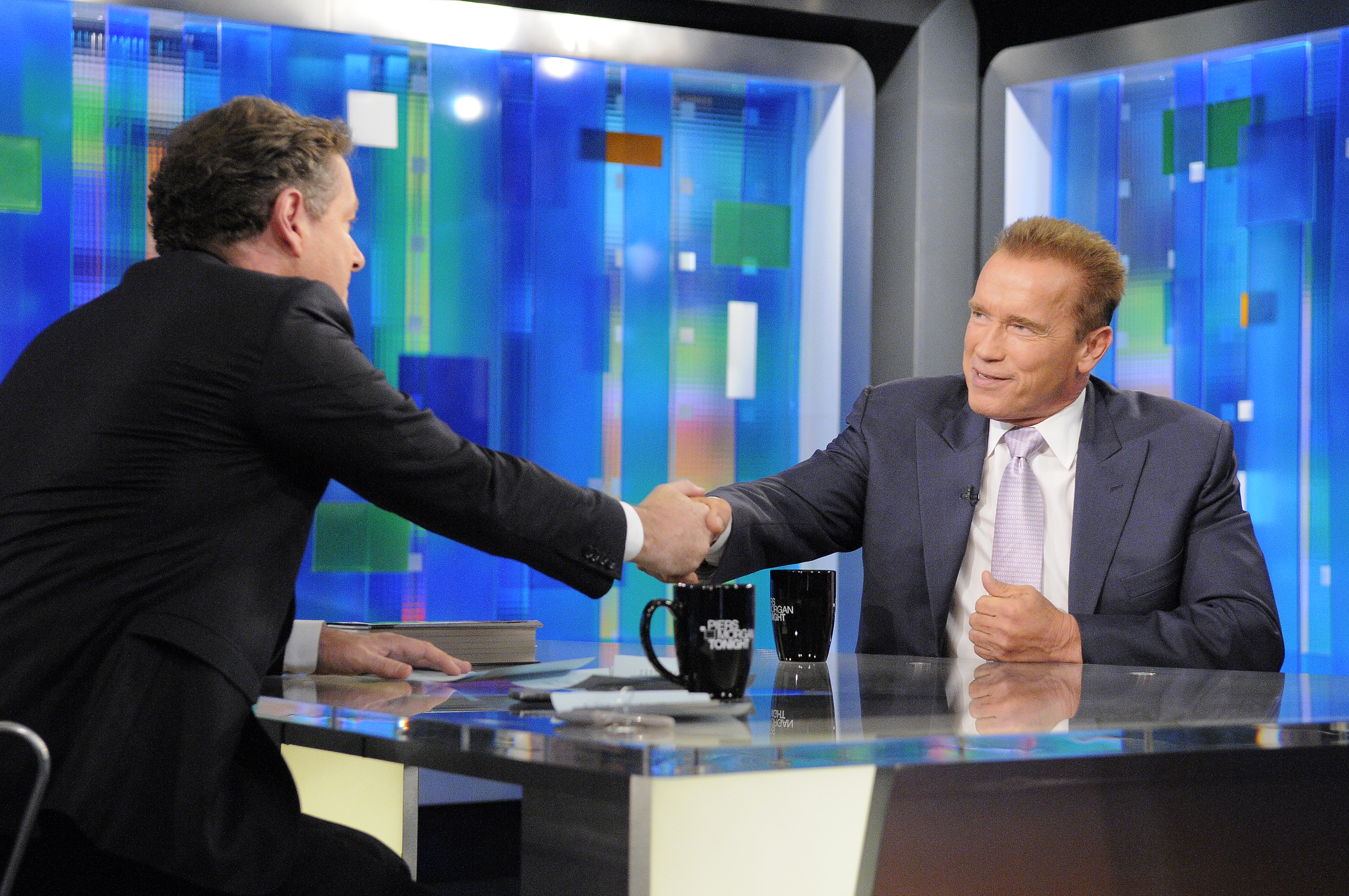 "Tonight: Arnold Schwarzenegger returns, gets comfortable ""In The Chair"""