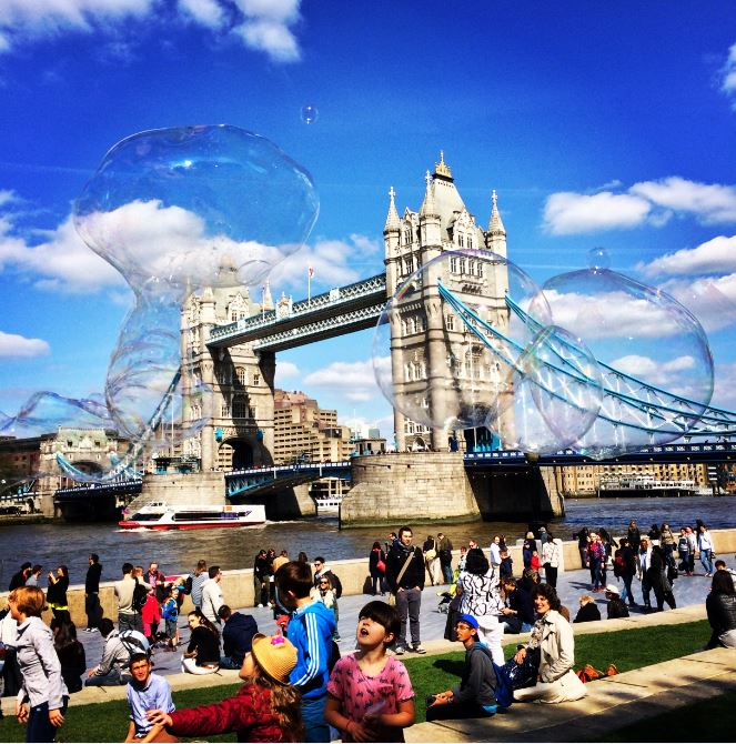 Photo of the Day: See Bubbles in London