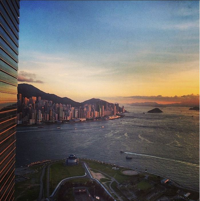 Photo of the Day: Sunset in Hong Kong