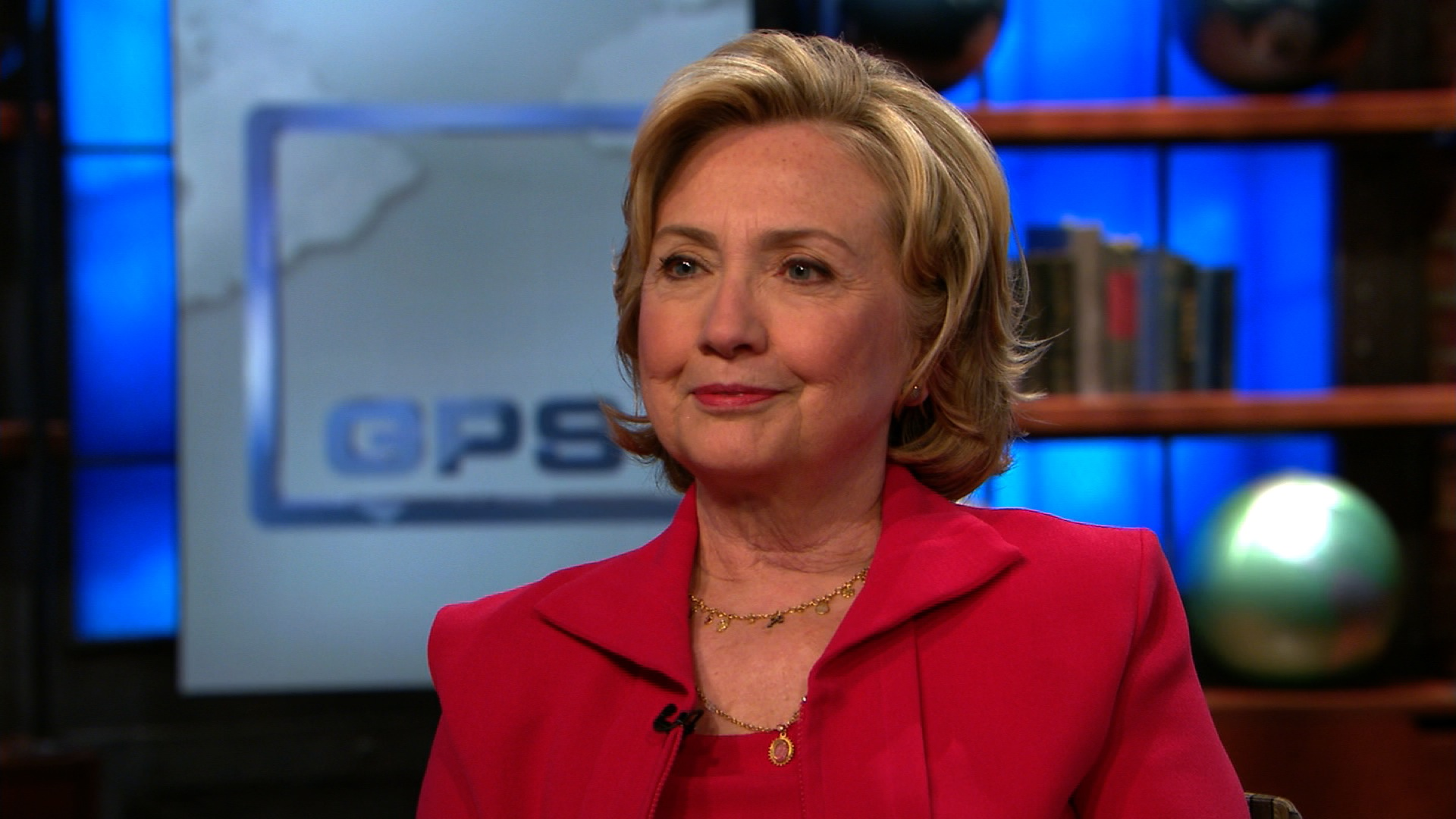 Hillary Clinton defends Obama against conservative barbs