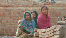 Remote Pakistan areas await aid