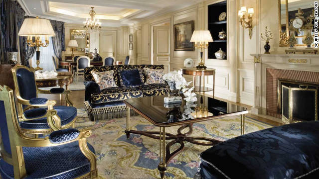 There is a pair of Royal Suites at Hotel George V in Paris. Stuffed with magnificent French antiques, these vast suites are adorned with 18th- and 19th-century fine art.