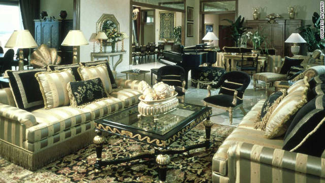 The Royal Towers Bridge 10-room suite in Atlantis, with gold sofas, cushions, gilt mirrors and chandeliers, is full of shameless glamour.