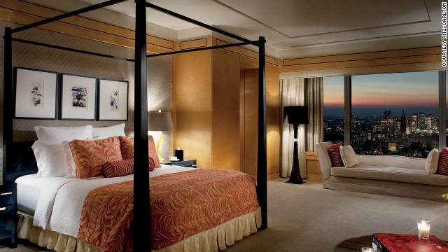 The Carlton Suite in Tokyo's Ritz-Carlton tops the tallest skyscrapers and has proposal-worthy views over the Imperial Palace, Roppongi Hills and Mount Fuji.