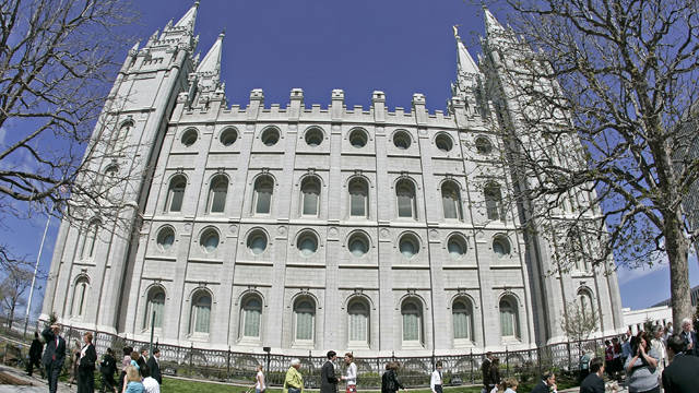 Survey: U.S. Mormons feel discrimination, hope