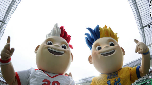 Meet Slavek and Slavko, the 2012 European Cup twin mascots. Poland and Ukraine are co-hosting the football championships, which will kick off in Warsaw on June 8. Wearing the red and white colors of the Polish national team uniform, Slavek represents Poland. 
