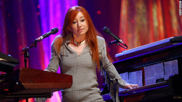 Tori Amos returns to the piano for her newest album,