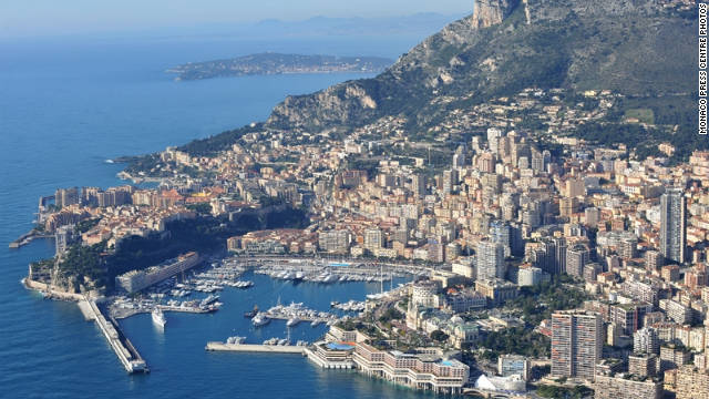 Monaco is the world's second smallest country.