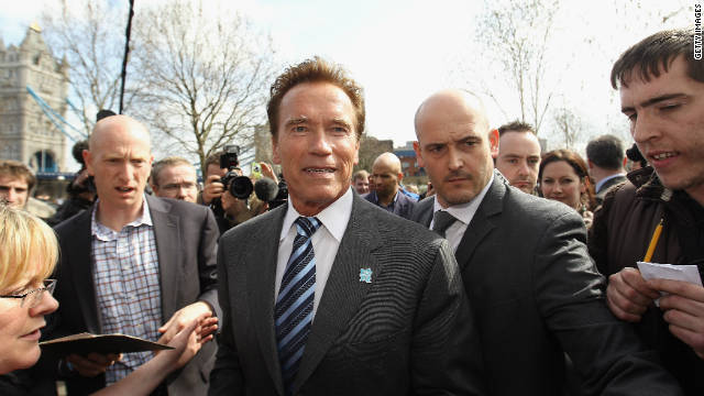 Arnold Schwarzenegger writing new memoir