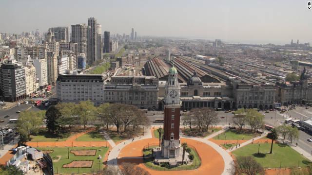 Un paseo por Buenos Aires con el equipo de Café CNN