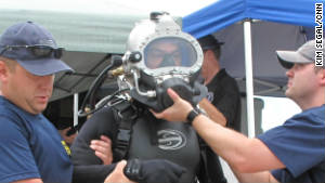 A member of the FBI\'s elite Technical Dive Team gets ready for training in Key West, Florida.