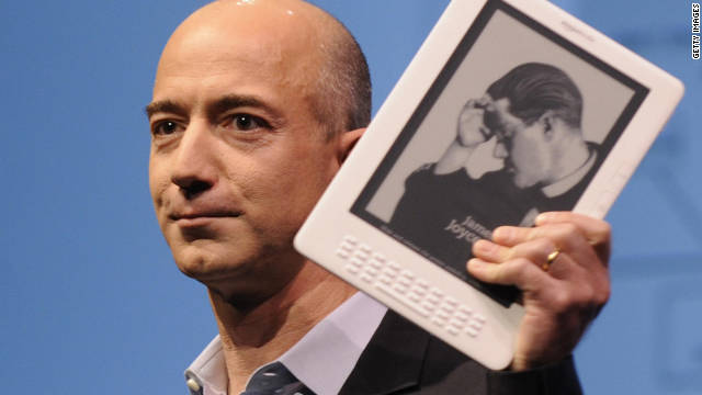 Amazon CEO Jeff Bezos is expected to announce a tablet version of the Kindle e-reader this week.