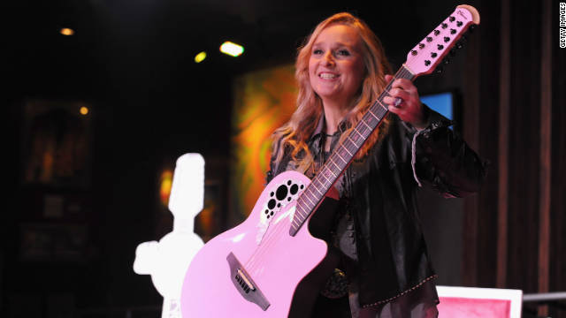 Melissa Etheridge on 'L Word' actress kiss