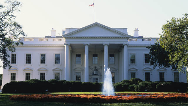 NBC orders White House comedy pilot