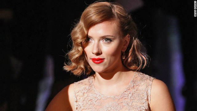 Scarlett Johansson to direct