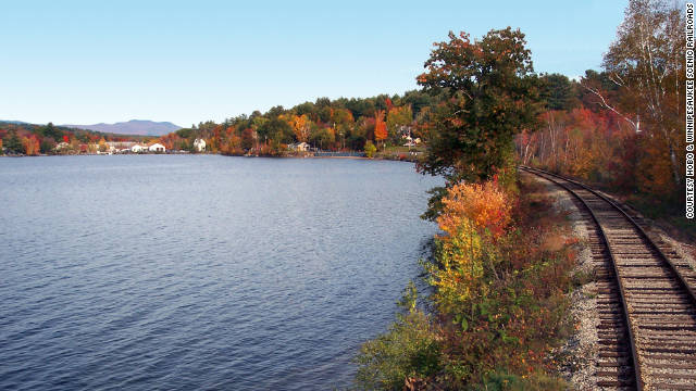 The Hobo and Winnipesaukee Scenic Railroads operate four different leaf-peeping excursions in New Hampshire.