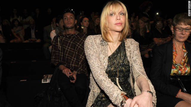 Courtney Love writing &#039;tell-all&#039; memoir