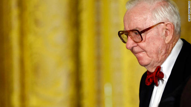 Former Justice John Paul Stevens has written a memoir of his 65-year involvement with the high court.