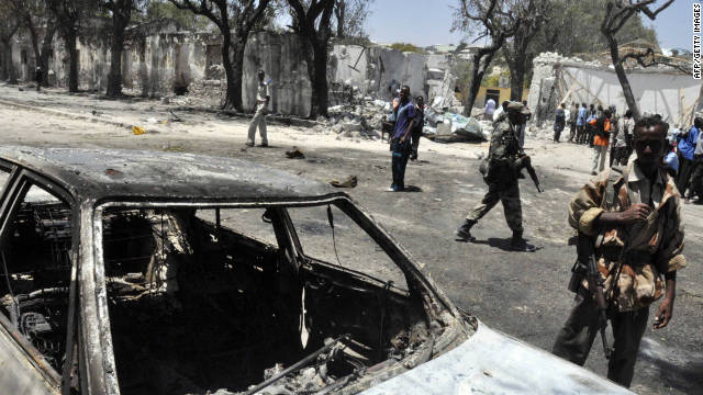 More than 30 dead in Somalia bombing