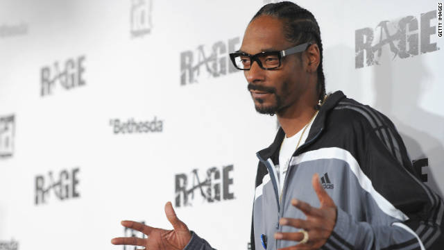 Snoop Dogg arrives to the launch party for video game