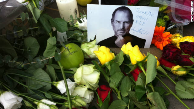 World tributes pour in for Steve Jobs
