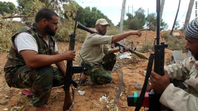 Los revolucionarios de Libia lanzan una ofensiva sobre Sirte