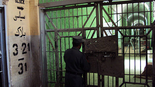 UN report: torture in Afghan prisons