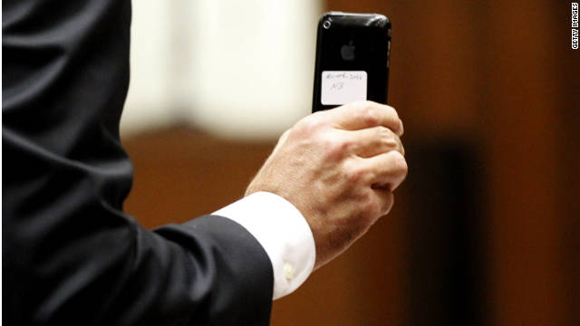 California law now allows warrantless searches of an arrested person's cell phone and access to all data stored in it.