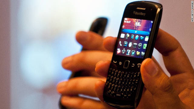 BlackBerrys around the world could not get messages this week; that wouldn't happen to iPhone or Android, experts say.