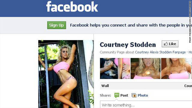 Courtney Stodden not 'too sexy' for Facebook