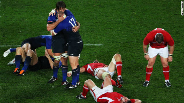 French players celebrate while it's only despair for Wales after their World Cup semifinal