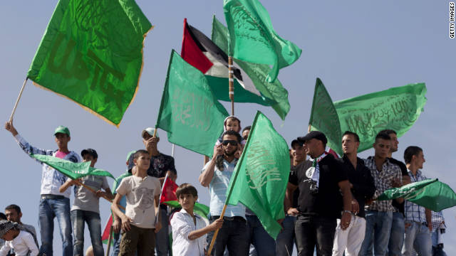Israel, Palestinians exchange prisoners
