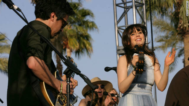 Zooey Deschanel releasing a Christmas album