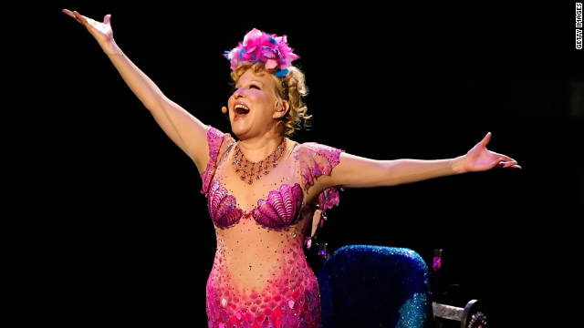 Bette Midler auctioning off personal collection
