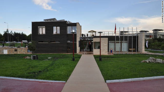 Authorities say the the ecological research and educational center, which is built near Antalya's biggest shopping mall, has struck a chord with local residents and investors.