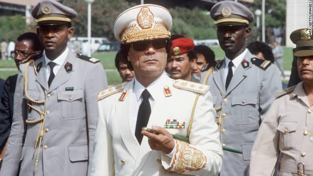 Gadhafi, un líder que quiso llamar la atención del mundo