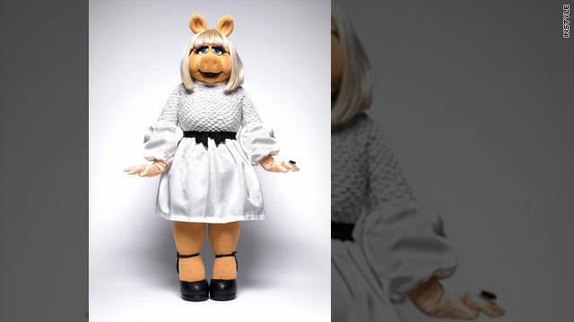 Miss Piggy dons designer duds