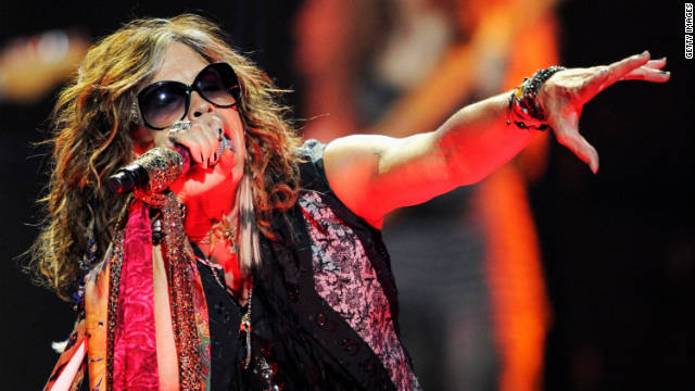 Food poisoning behind Steven Tyler&#039;s fall