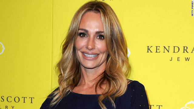 'Housewives' star Taylor Armstrong lines up tell-all