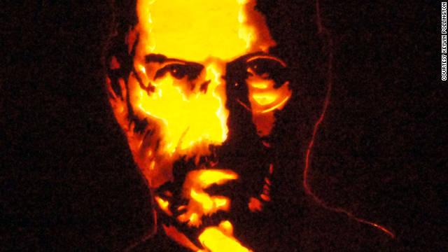 ¿Como sociedad, estamos canonizando a Steve Jobs?
