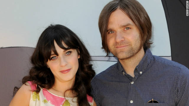 Zooey Deschanel files for divorce