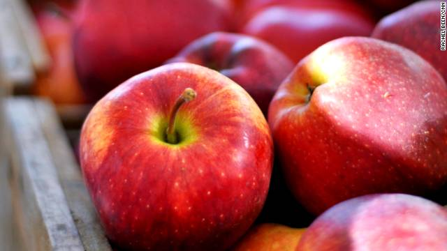 Apples have less than 50 calories but are a great source of antioxidants, fiber, Vitamin C and potassium, according to <a href='http://www.superfoodsrx.com' target='_blank'>SuperFoodsRx.com</a>.