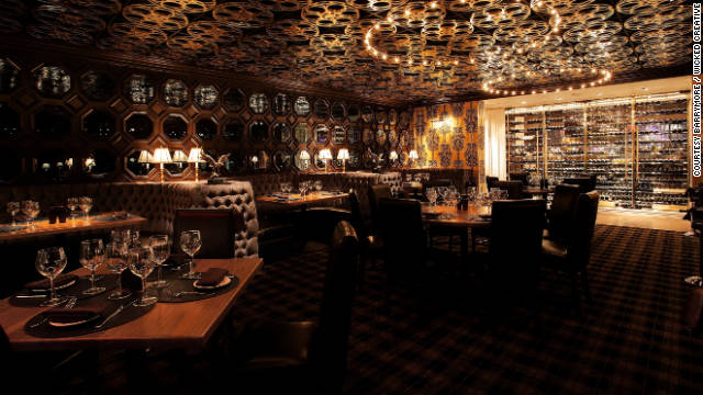 The Barrymore is pure, old-school cinematic Vegas, with handmade wallpaper, blue-tufted booths, and a ceiling lined with antique movie reels. 