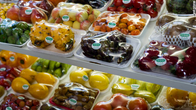 Making healthy foods easier to reach than unhealthy ones may help promote healthy eating, a researcher says.