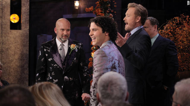 Conan O'Brien officiates gay wedding on 'Conan'