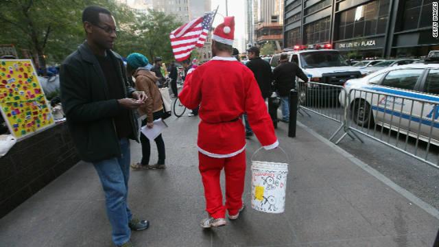 La policía de Nueva York pide a los bares no servir alcohol a los Santa Claus