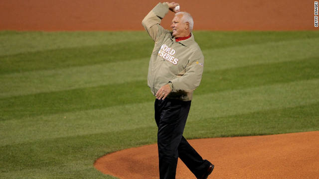 Ex-Cardinals star dies days after ceremonial Game 7 pitch