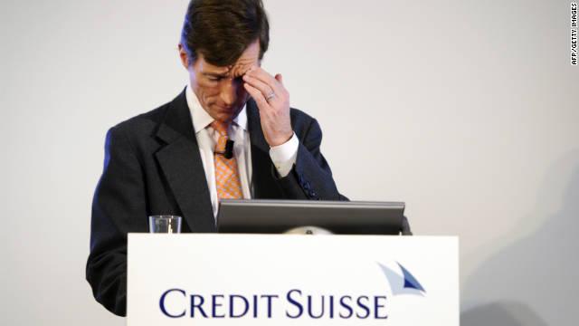 OPINIÓN: Los bancos eliminan empleos y replantean su negocio para salvarse